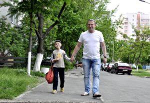 семью гомельского бизнесмена Олега Жихарева