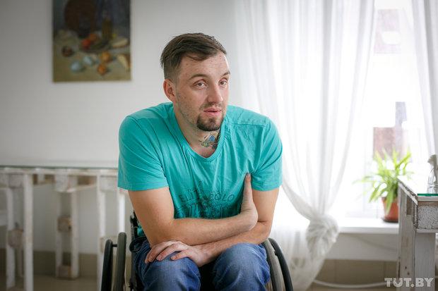 Павел из Березино, ему 27 лет. У него была мечта — побывать в цирке