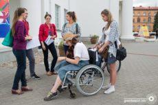 «Сантиметр решает все!»: Минск протестировали на доступность для людей с инвалидностью