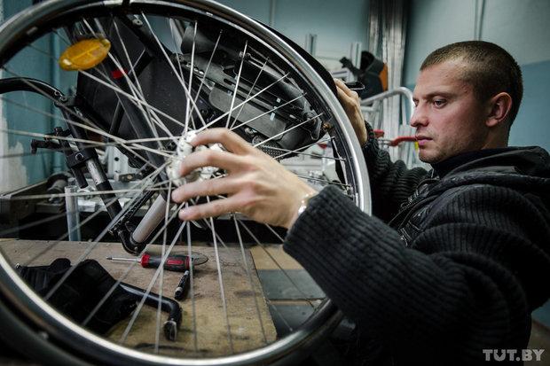 """""""Спросил у Google: """"Окей, что дальше?"""". Как инвалид-колясочник научился жить ярко"""