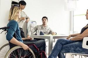 «День поработают и уходят». Почему нанимателям и людям с инвалидностью так сложно договориться