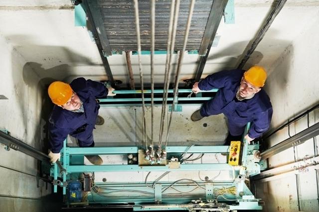 По просьбе колясочника лифт заменят внепланово