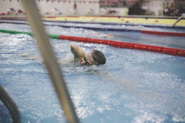 Брестские спортсмены-инвалиды привезли с турнира по плаванию в Москве золото и серебро