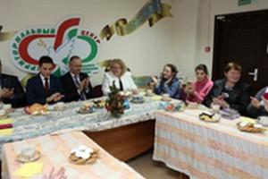 Представители Мингорсовета и Молодежной палаты посетят молодежно-инвалидный клуб «Мы вместе»