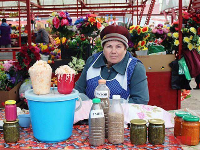 Пенсионерам и инвалидам бесплатно предоставят торговые места на рынках