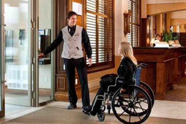 Обслуживание людей с инвалидностью в Минских гостиницах