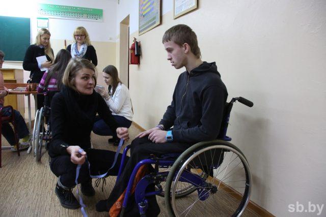 Белорусские дизайнеры сошьют одежду для детей с инвалидностью