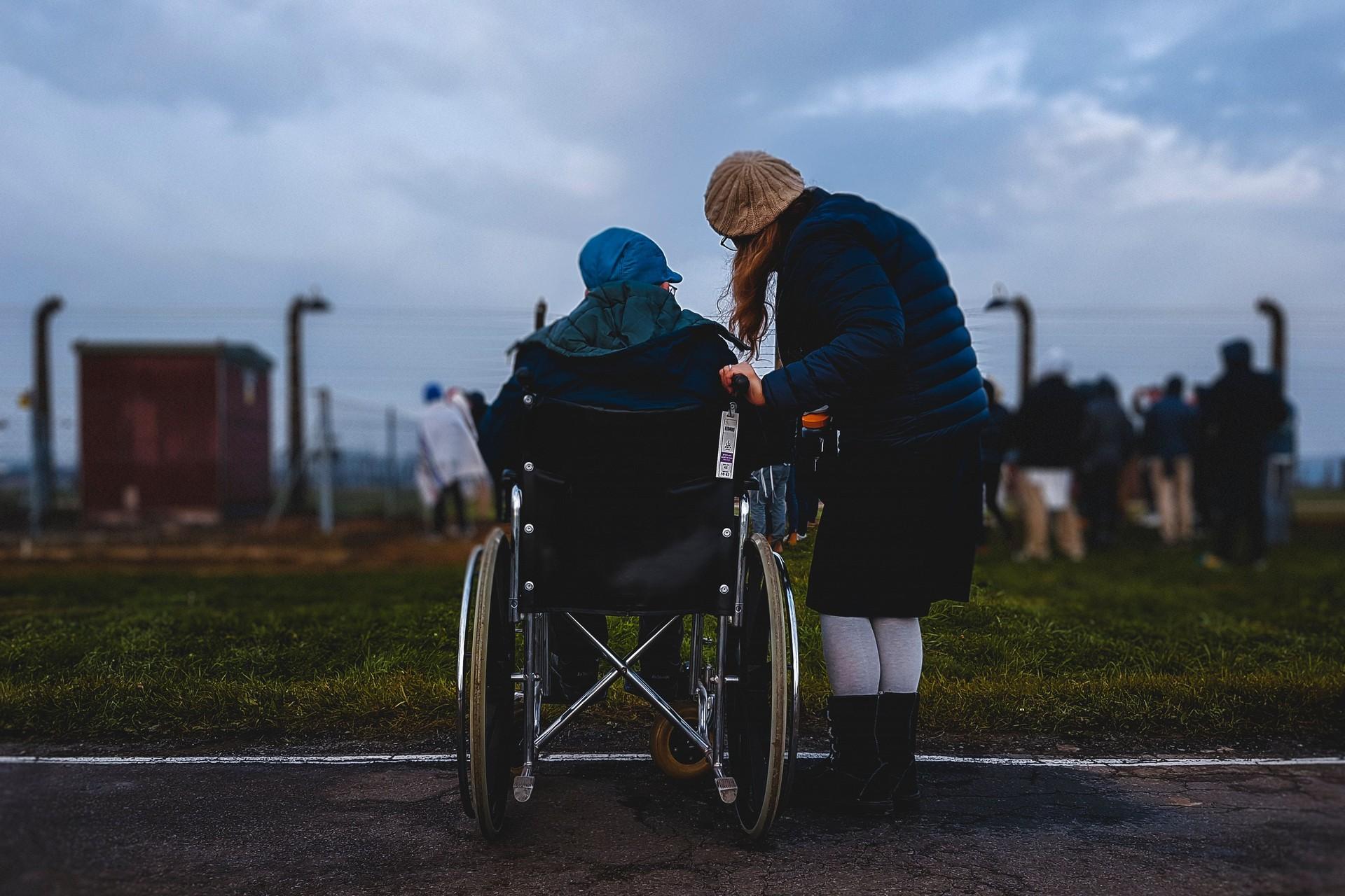 """Офис по правам людей с инвалидностью - мини-проекты в рамках кампании """"Деинституализация"""""""