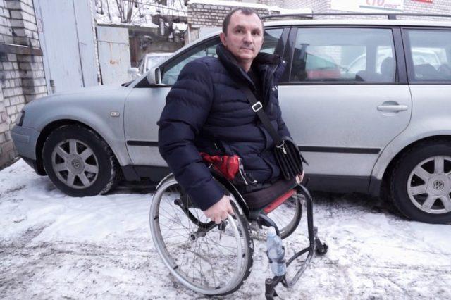 Инвалид-колясочник о вождении,  ручном управлении и парковках
