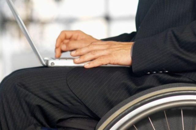 Услугу сопровождаемого трудоустройства инвалидов внедрят в регионах