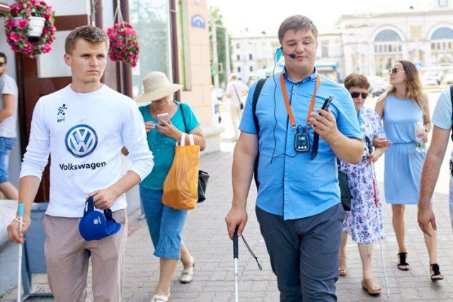 Незрячим людям Минска и Витебска стало легче передвигаться по городу