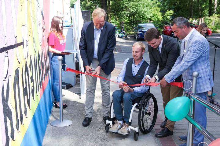 Первый в Беларуси зал инклюзивного кроссфита открылся в Лиде