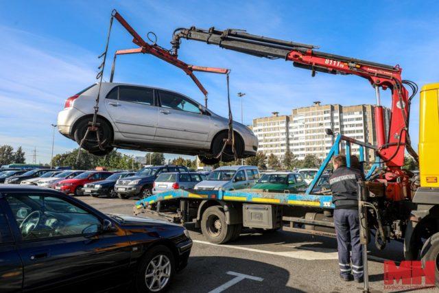 Соблюдают ли водители правила парковки на местах для инвалидов