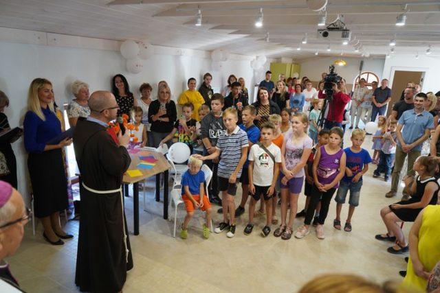 В Минске открыли бесплатную комнату отдыха для детей синвалидностью, измногодетных семей