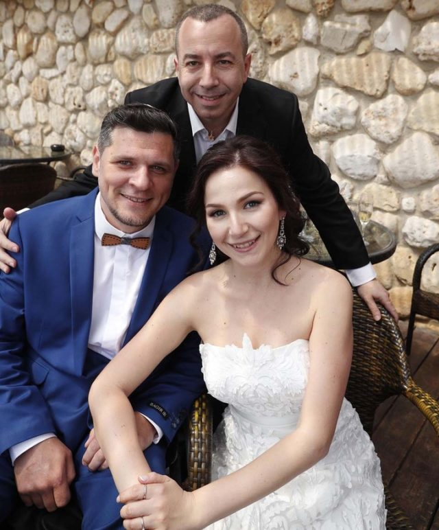 Дамир и Талия Миллер и Рон Шехтер на свадьбе