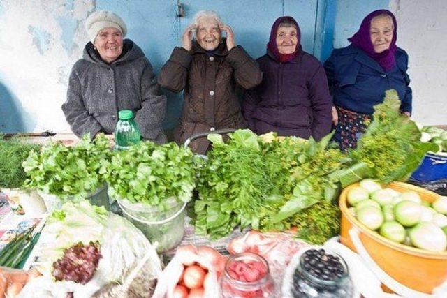 Пенсионерам и инвалидам выделяют бесплатные торговые места на рынках Минска
