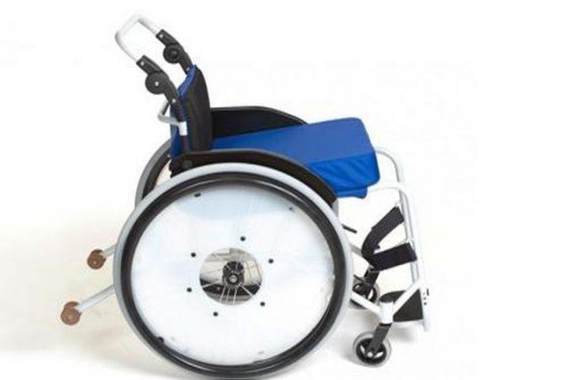 БПОВЦ начал выпуск новой модели кресла-коляски активного типа