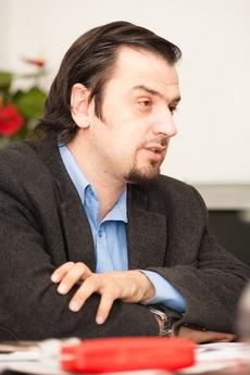 председатель Республиканской ассоциации инвалидов колясочников Сергей Дроздовский