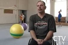 инструктор-методист на своем инвалидном кресле Борис Исакович