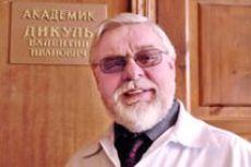 Сильный человек Валентин Дикуль