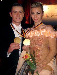 Белорусская пара стала абсолютным чемпионом мира по спортивным танцам на колясках