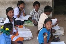 Дети ходят в школу с различными способностями и неспособностями