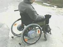 модель коляски с электроприводом типа мотор-колесо
