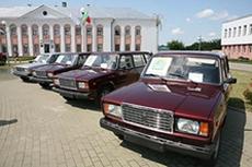 Миноблисполком подарил 4 воинам-интернационалистам автомобили «Лада»