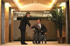 Почти 500 инвалидов пройдут в 2013 году трудовую адаптацию на предприятиях Беларуси