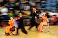 Команда из Азербайджана по спортивным танцам на колясках прошла курс обучения