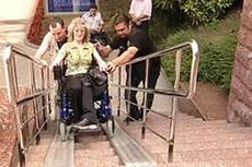 Эксперт: официальная статистика о безбарьерной среде для инвалидов делается «субъективно, на глаз»