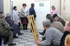 Белорусам приходится все больше платить за бесплатную медицину